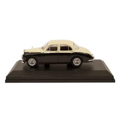 MG ZB Magnette Varitone – Ivory/ Black