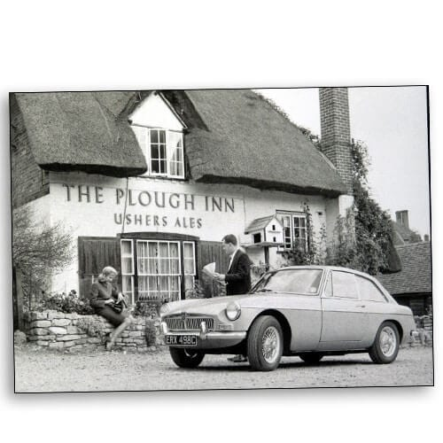 MGBGT at the Plough Inn Clifton Hampden Oxfordshire 1965 500×500